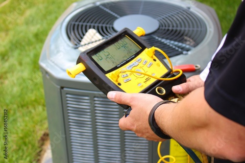 Air Conditioning Repair Servicing Man