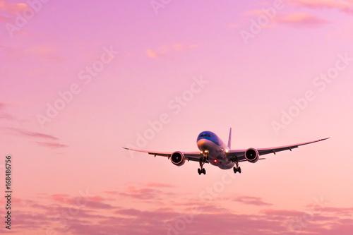 Poster 飛行機のある夕景シーン、空港イメージ集