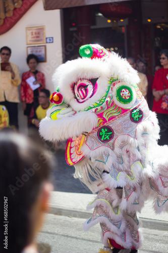 Danse du lion lors du festival Guan Di 2017 Poster