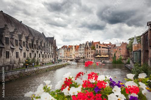 Canals of Brugge, Belgium © adisa