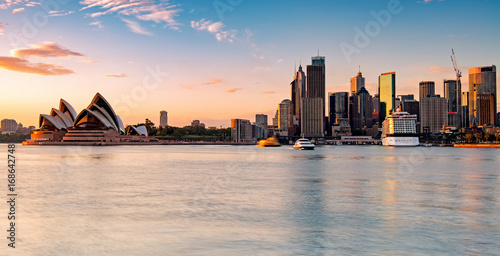 Staande foto Sydney Sydney skyline during sunrise, New South Wales Australia
