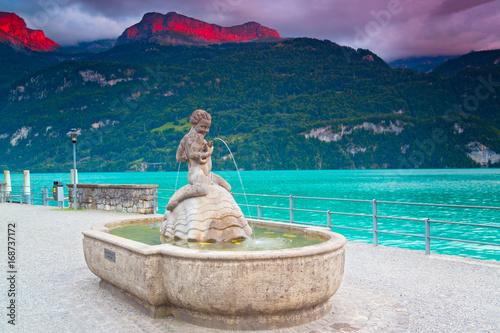 Foto op Canvas Lavendel Brienz, Brienzersee, Schweiz
