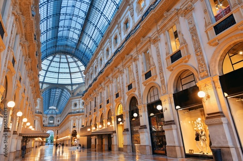 Fotobehang Milan Galleria Vittorio Emanuele II interior