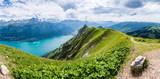 Panorama mit Brienzersee, Blick vom Augstmatthorn Richtung Interlaken, Berner Oberland, Schweiz