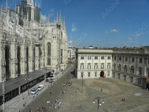 Fotobehang Milan MILAN, ITALY - JULY 14, 2017: Piazza del Duomo (Cathedral Square) with Palazzo Reale (Royal Palace).