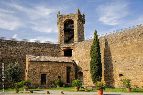 Deurstickers Toscane Courtyard of Montalcino Fortress in Val d'Orcia, Tuscany, Italy