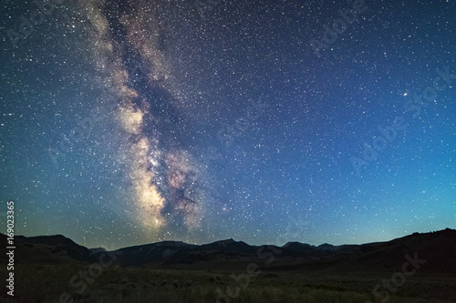 milky way over a big mountain range