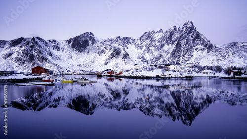 Foto op Plexiglas Bergen reflection of a village of Lofoten