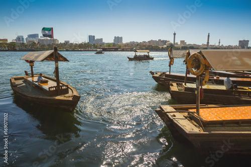 Papiers peints Dubai Boats on the Bay Creek in Dubai, UAE