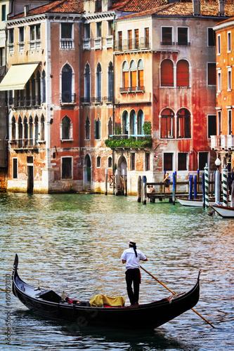 Fotobehang Freesurf Romantic holidays in beautiful Venice. Italy