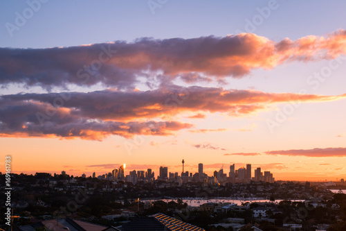 Fotobehang Sydney Sydney skyline view with some clouds in a beautiful sunset time.
