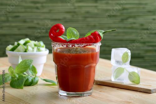 Papiers peints Hot chili Peppers succo di pomodoro con peperoncino piccante