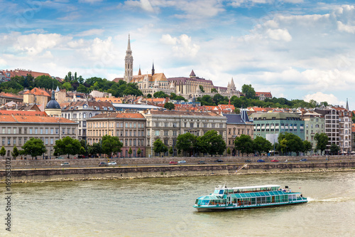 Papiers peints Budapest Budapest and river Danube