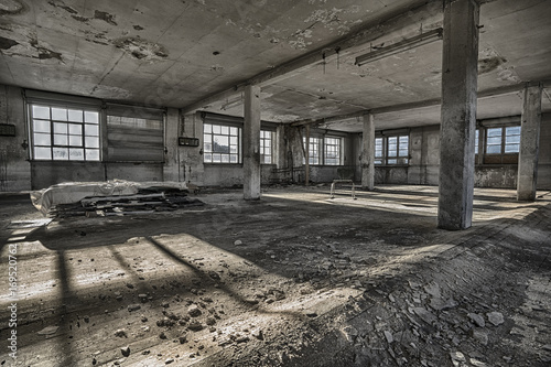 Foto op Plexiglas Oude verlaten gebouwen Naturgewalt 11