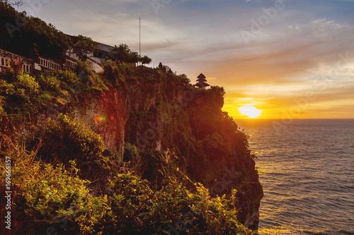 Papiers peints Bali Sunset at Pura Luhur Uluwatu. Bali island, Indonesia.