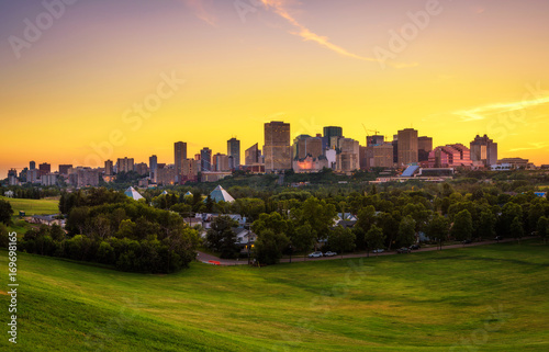 Foto op Plexiglas Canada Sunset above Edmonton downtown, Canada