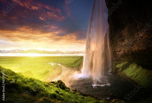 Foto op Aluminium Scandinavië Seljalandsfoss waterfall at sunset, Iceland