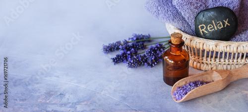 Papiers peints Lavande Lavender essential oil spa