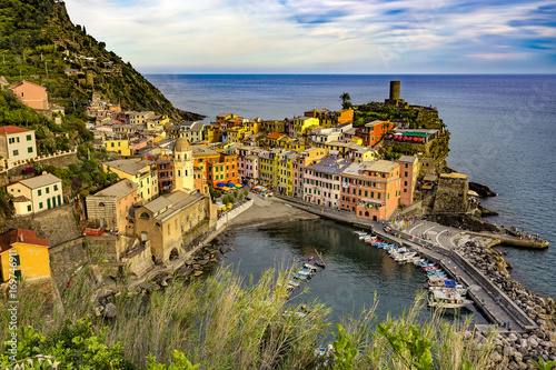 Aluminium Liguria Italy. Cinque Terre (UNESCO World Heritage Site since 1997). Vernazza town (Liguria region), view from the northwest