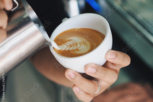 Papiers peints Cafe Coffee latte art making by coffee master