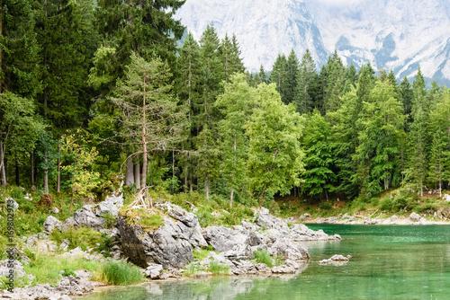 Papiers peints Rivière de la forêt Upper Fusine Lake. Cradle in the mountains.