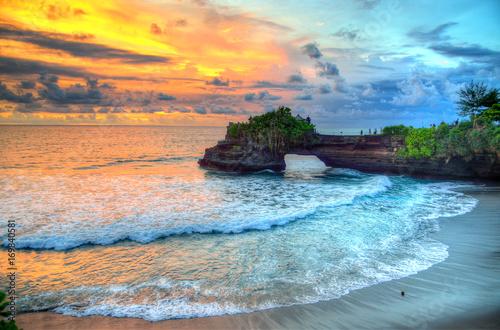 Papiers peints Bali Tanah Lot Temple on Sea in Bali Island Indonesia..