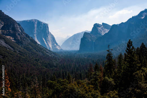 Yosemite valley seen from Tunnel view