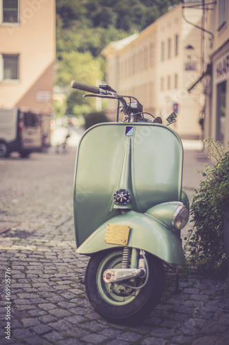 Moped/Roller in Altstadt