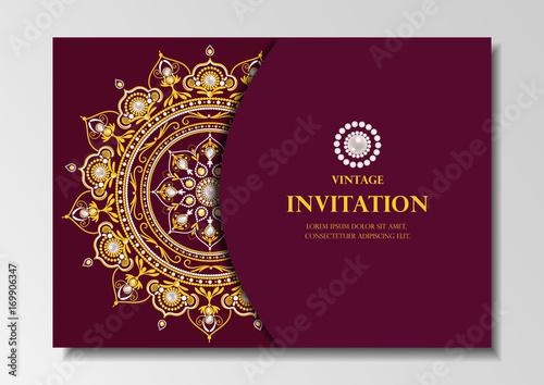 Fototapeta Invitation Card Vintage Design With Diamond Mandala Pattern On Red Background Vector