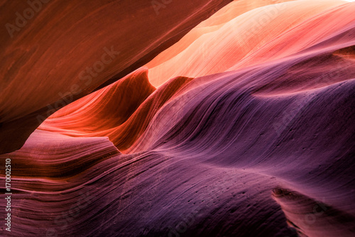 Papiers peints Rouge mauve amazing antelope canyon indoor