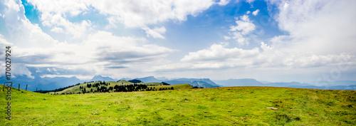 Papiers peints Photos panoramiques Panorama dans le Parc naturel régional du massif des Bauges