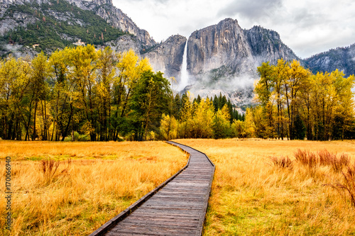 Meadow with boardwalk in Yosemite National Park Valley at autumn - 170066940