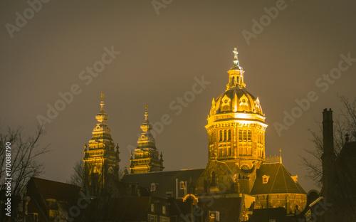 Fotobehang Amsterdam Cathedral at Night Amsterdam
