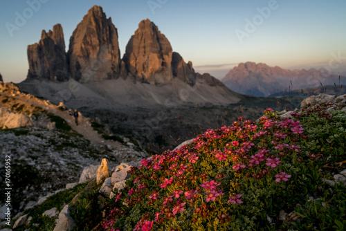 Leinwandbild Motiv Sunrise in Dolomites