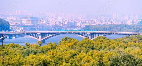 Fotobehang Kiev Metro bridge. Kiev, Ukraine