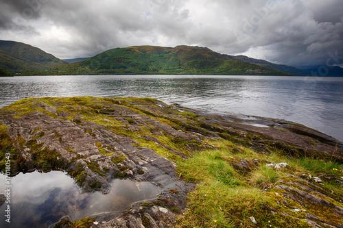 Fotobehang Bleke violet Loch Lomond