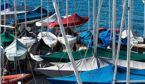 Fotobehang Sydney Yachts in marina on Sydney Harbour Australia