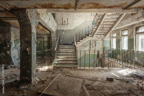 Foto op Plexiglas Oude verlaten gebouwen Staircase Chernobyl