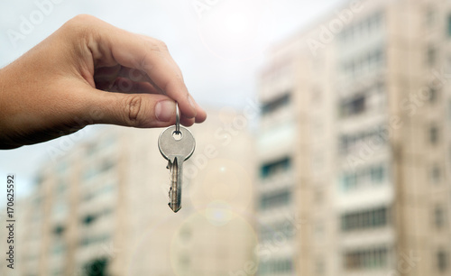 metaphor of real estate services in new housing