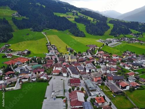 Österreichische Alpen aus der Luft