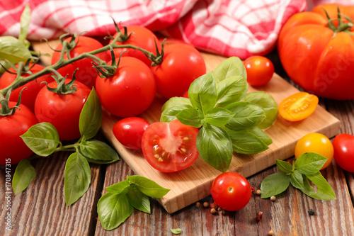 Fotobehang Kersen fresh tomatoes