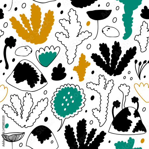 Nordic forest, scandinavian seamless vector pattern. Decorative background with floral elements © silmen