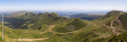 Foto op Plexiglas Blauwe hemel cereal field in front of Ste-Victoire mountain