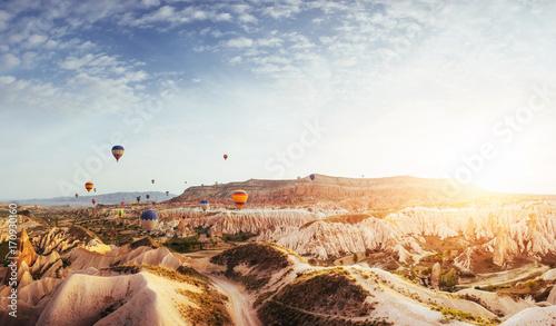 Aluminium Zomer Fantastic sunrise over the Red Valley in Cappadocia, Anatolia, Turkey. Volcanic mountains
