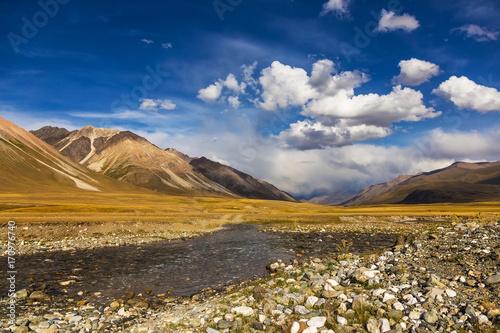 Papiers peints Automne Mountain landscapes. Burkan River Valley. Kyrgyzstan