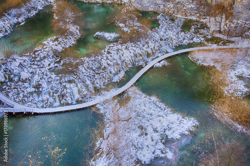 Aluminium Groen blauw Winter on Plitvice lakes national park in Croatia