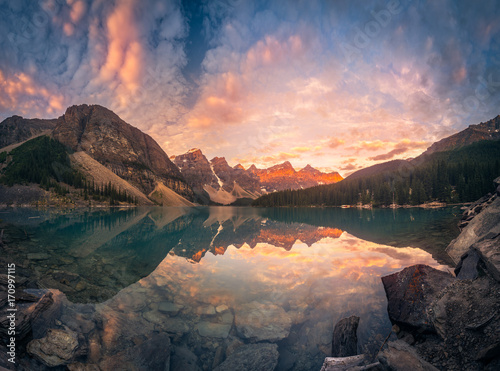 Foto op Plexiglas Canada Sunrise hour at Banff