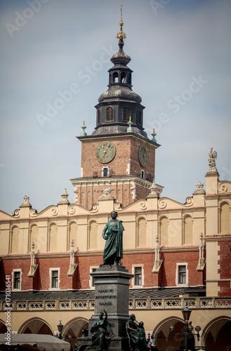 Foto op Plexiglas Krakau Adam Mickiewicz Monument in Krakow