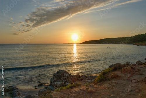 Foto op Plexiglas Zee zonsondergang sunset in sant tomas, minorca, spain
