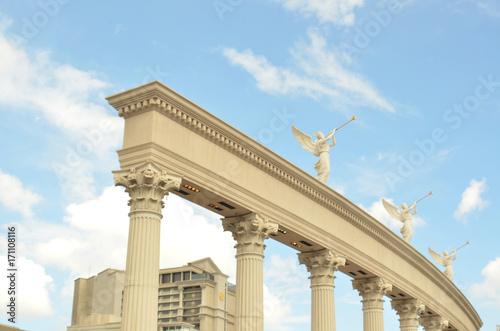 Aluminium Las Vegas trumpeting angels on top of columns